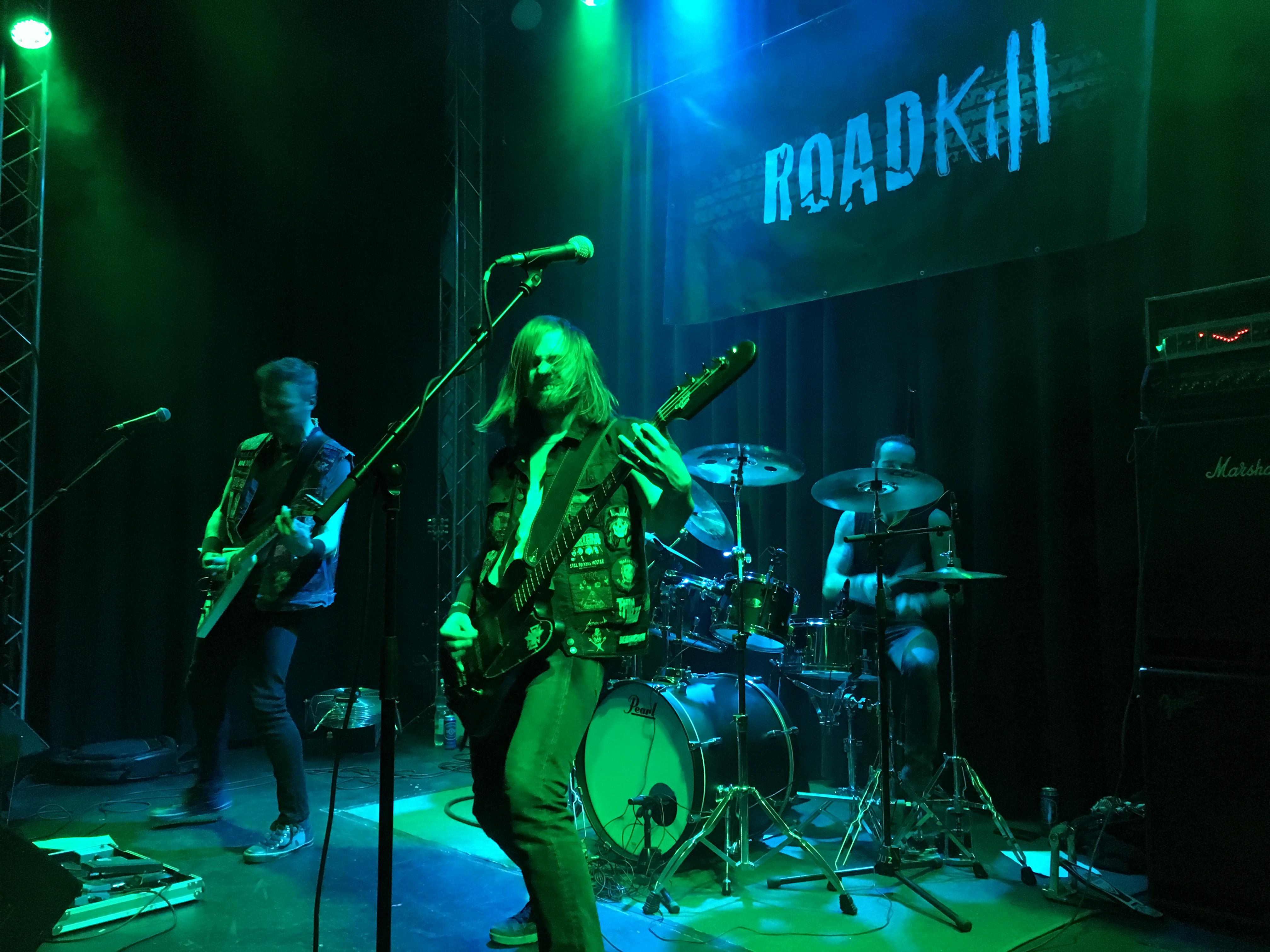 Roadkill_live